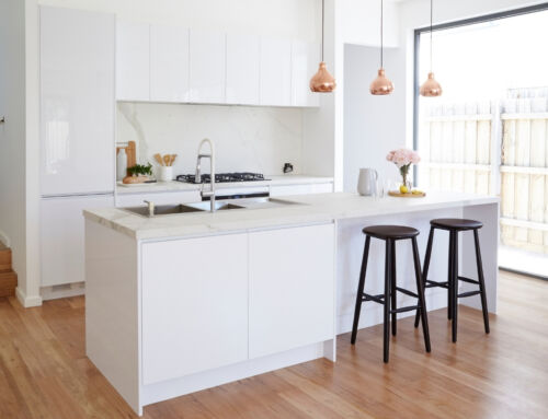 TIPS HOW TO MAXIMISE SPACE IN A SMALL KITCHEN